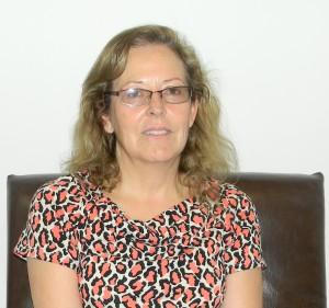 """Consuelo Escudero es doctora en Enseñanza de las Ciencias Investigadora responsable del proyecto """"Enseñar y aprender Física Cuántica en secundaria y universitario básico"""" Docente del Departamento de Biología - FCEFN - UNSJ"""