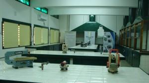 Inauguración de laboratorio en la Escuela Industrial