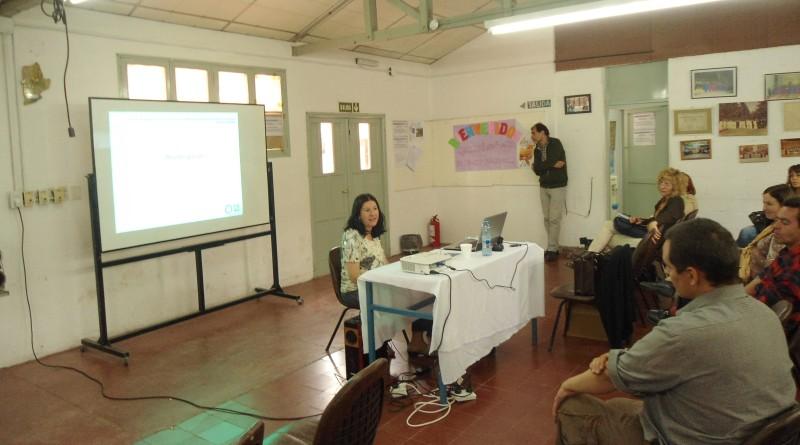 Musicóloga Luz Mansilla en la UNSJ