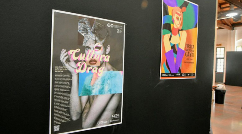 Muestra de afiches de cultura drag en el Conte Grand